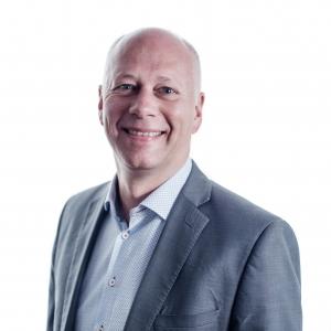 Dave Oesterholt